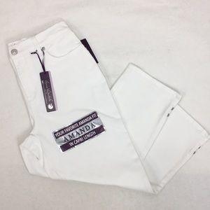 Gloria Vanderbilt Amanda White Denim Capri Jeans